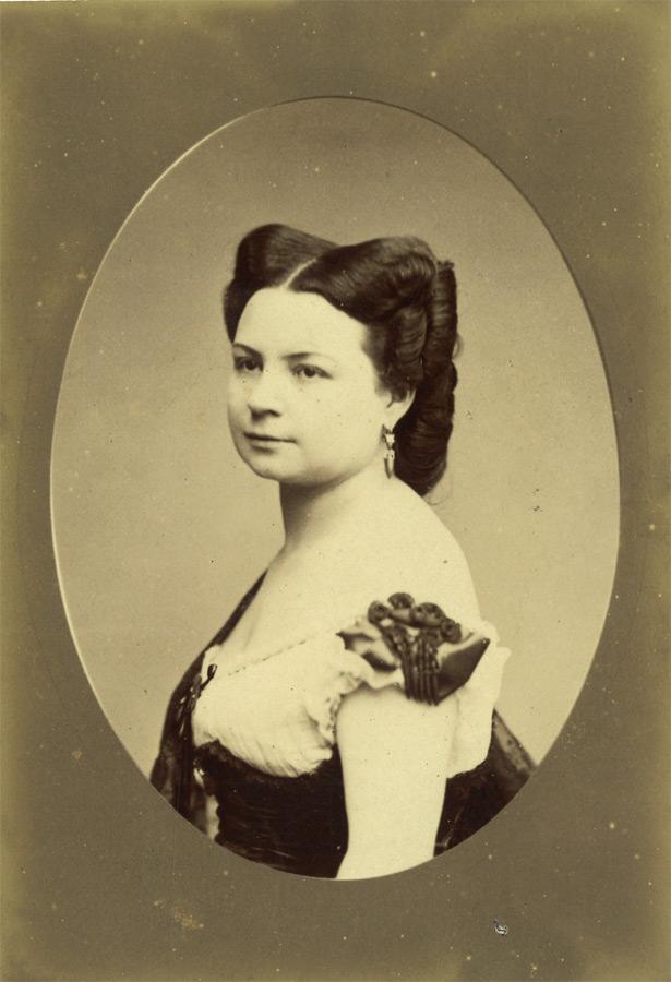 Emma Osmont du Tillet