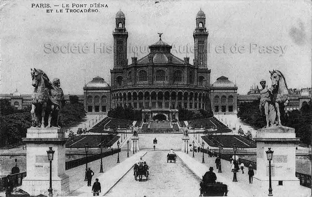 Autour de la Place du Trocadero