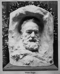 Victor HUGO, écrivain, né à Besançon en 1802, mort à Paris en 1885