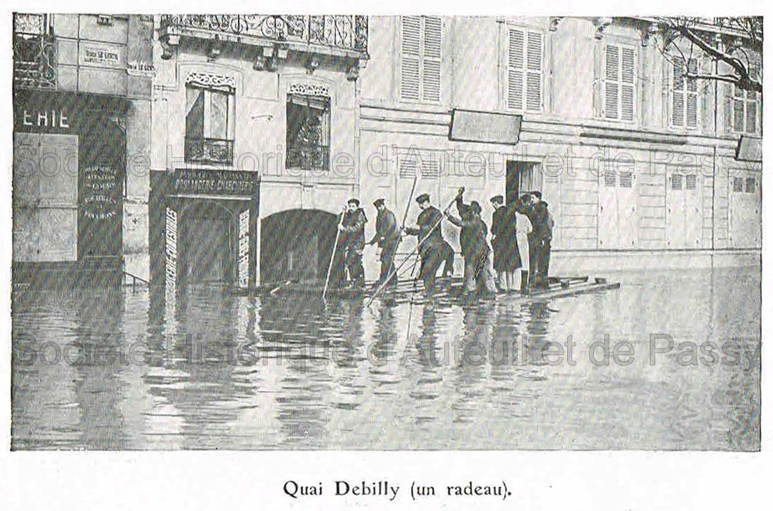 Quai Debilly (un radeau)