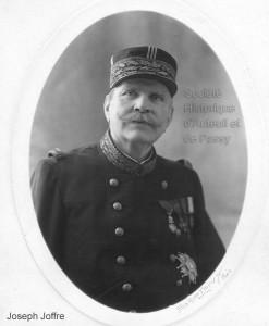 Joseph, Jacques Césaire JOFFRE, maréchal de France, né à Rivesaltes en 1852, mort à Paris en 1931